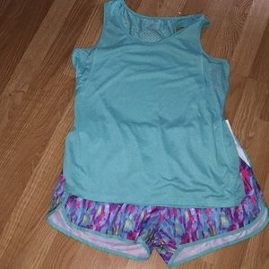 Women's top and shorts! NWOT! XL!